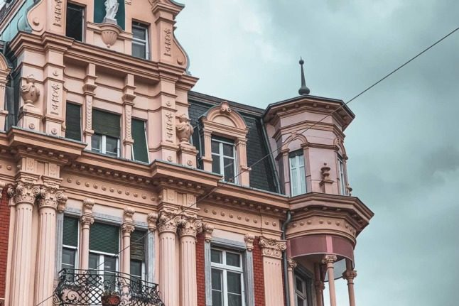 EXPLAINED: What are Switzerland's rules for Airbnb rentals?