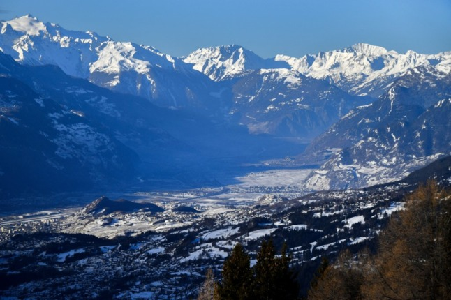 UPDATE: Earthquake hits Swiss canton of Valais