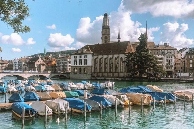 Residence permits: How EU and EFTA citizens can live, work and stay in Switzerland