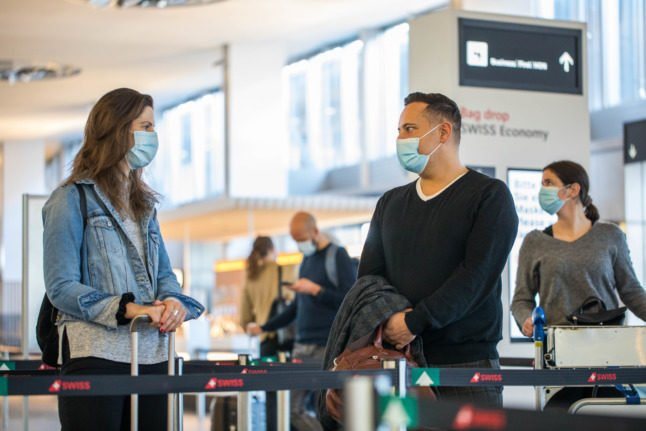 What is the fine for not filling out Switzerland's Covid arrival form?